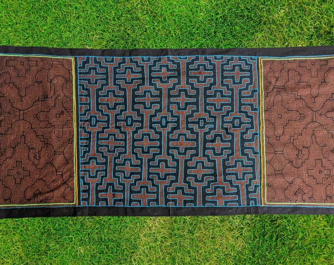 Large SHIPIBO SACRED TAPESTRY Xao Kene Kewe ancestral milenial information Authentic tapestry