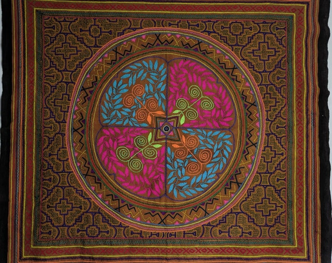 "57"" HUGE SHIPIBO giant wall hanging TAPESTRY ceremonial table cloth"