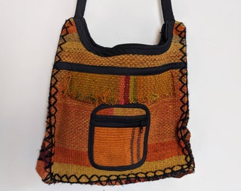 ANDEAN INKA crossbody bag fully lined with zipper made with Cuzco Qero fabric