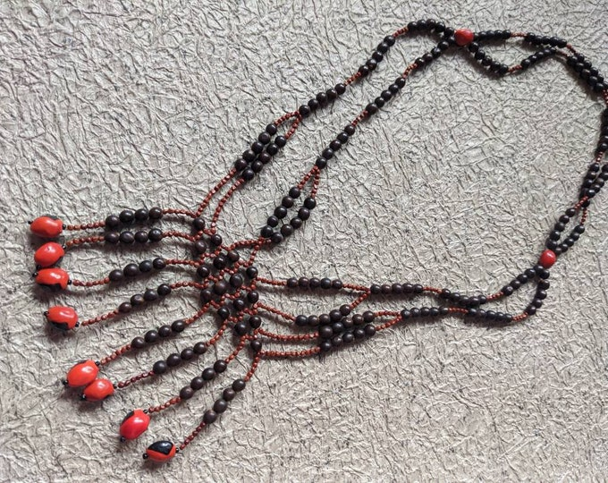 Authentic tribal AWAJUN  shamanic ceremonial  necklace .for ABUNDANCE Good Fortune ,Fertility and Protection