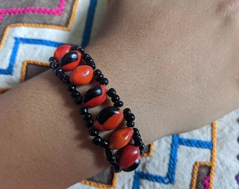 HUAYRURO seed for Fertility , Good Luck, Fortune and ABUNDANCE Protection  MACRAME Bracelet