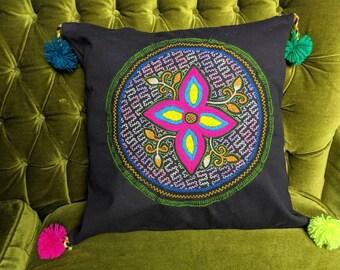 SHIPIBO decorative PILLOW COVER with pom-pom plus pillow optional