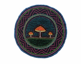 MAGIC MUSHROOMS SHIPIBO round patch healing art for  altar shrine  shamanic cloth tapestry