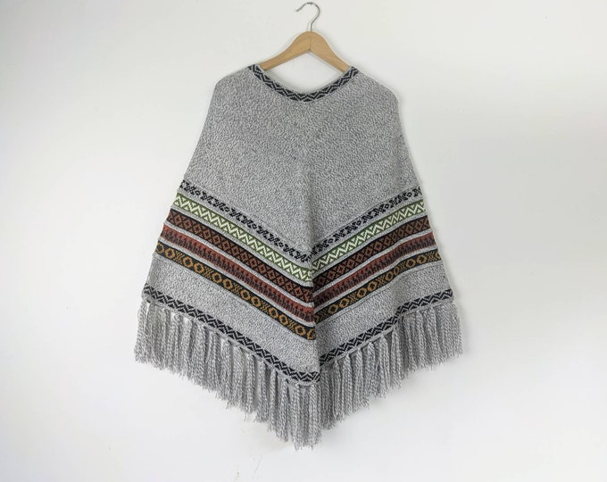 BABY AlPACA PONCHO colorful  Bohemian Boho Andean Peruvian look light gray striped fringed  cape