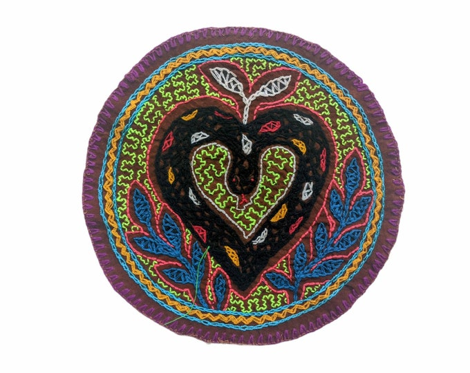 SHIPIBO CLOTH SNAKE heart  round authentic shamanic tapestry altar shrine cloth Ronin