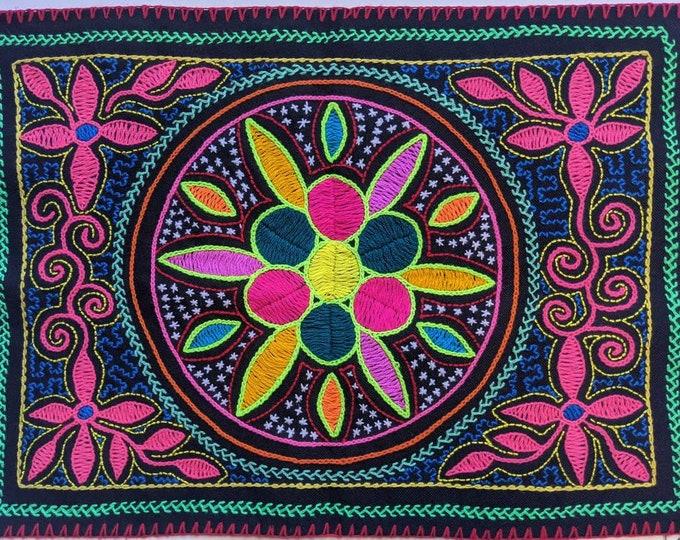 SHIPIBO FLOWER of LIFE tapestry Maya Kene  handmade authentic tribal altar shrine cloth