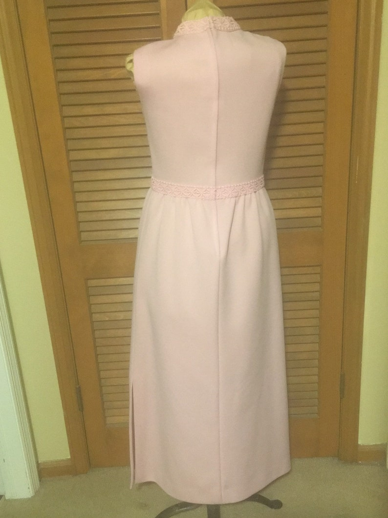 1970/'s POLYESTER MAXI-DRESS sleeveless pink double knit with cotton lace trim size small