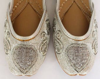 Women Bridal Wedding Shoes/Indian Gold Pearl Shoes/Gold