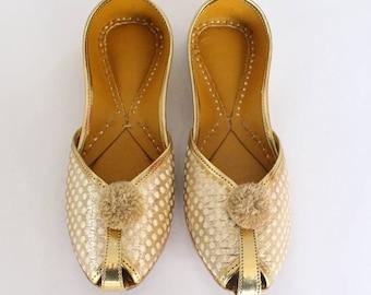 08962ad9a92 Women Bridal Wedding Shoes Indian Gold Jutti Shoes Gold Wedding Flats Gold  Laddu Ballet Flats Jasmine Shoes Khussa Shoes US Size 5 Shoes