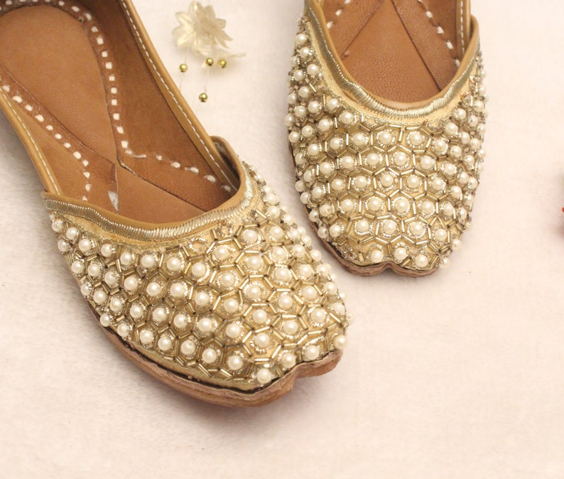 9f892feb903b Women Bridal Wedding Shoes Indian Gold Pearl Shoes Gold