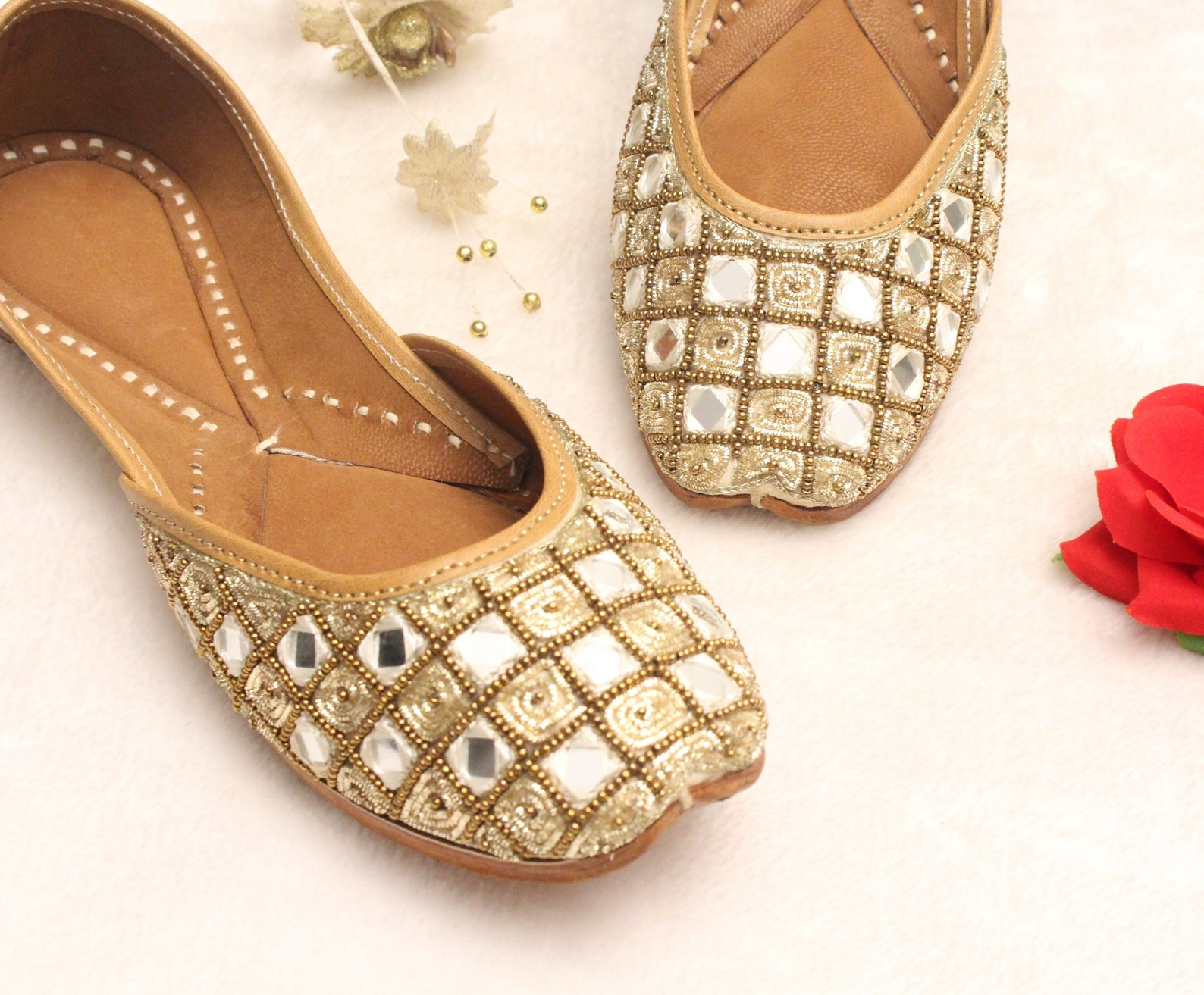gold bridal wedding shoes us size 4.5 women lehnga indian jutti shoes/gold wedding flats/gold ballet flats/khussa shoes/punjabi