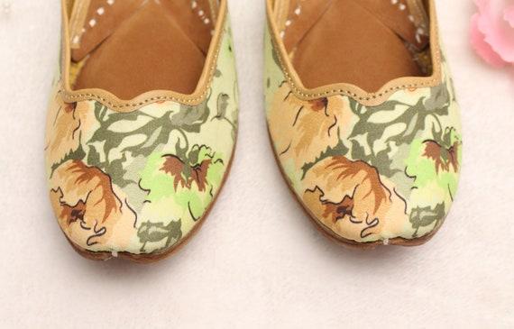 Women Shoes FlatsIndia Punjabi JuttiFlower Pastel Green Flat Sandal ShoesBollywood Indian Leather ShoesBallet FlatsKhussa Shoes