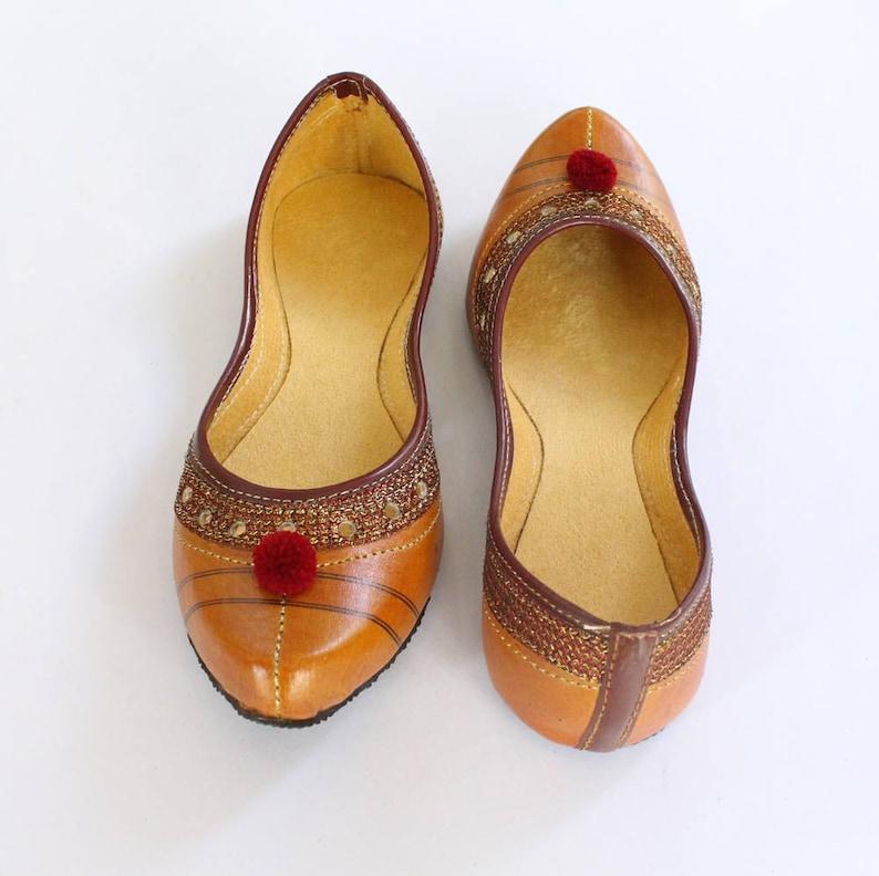 ded986d34 Indian Flat Shoes Women Shoes Punjabi Jutti Orange