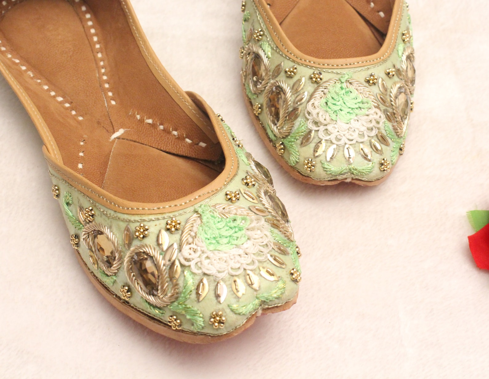 1d4f71fa39d Indian Bridal Wedding Shoes women Green Lehnga Gold Jutti Shoes wedding  Flats ballet Flats jasmine ...