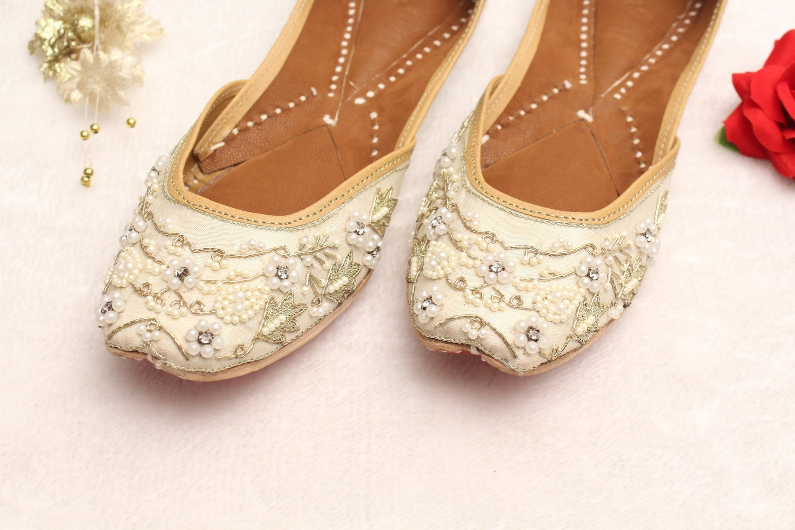 women bridal wedding shoes/indian gold white pearl shoes/gold wedding flats/gold ballet flats/jasmine khussa shoes/rani shoes us