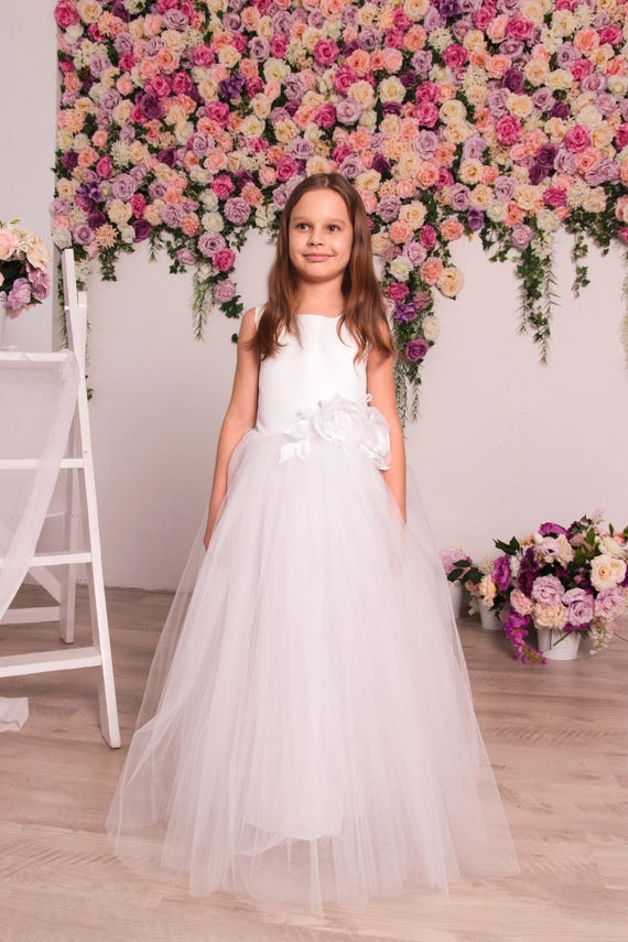 d565183c905 flower girl dress bridesmaid dress tulle white dress