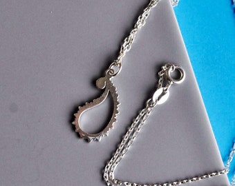 Silver Paisley Pendant, Small