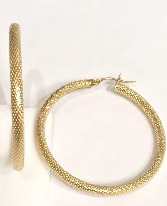 14K Solid Yellow Gold 14mm Diameter Diamond Cut Snap Closure Hoop Earrings