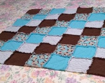 Blue rag quilt 55x55 lap size quilt Children near the ocean playing