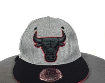 067b842aa03 Rare!!NBA CHICAGO BULLS Team Memorabilia Full Cap Embroidery Big Logo Chicago  Bulls Full Cap Size Fit 7 1 2 60 cm