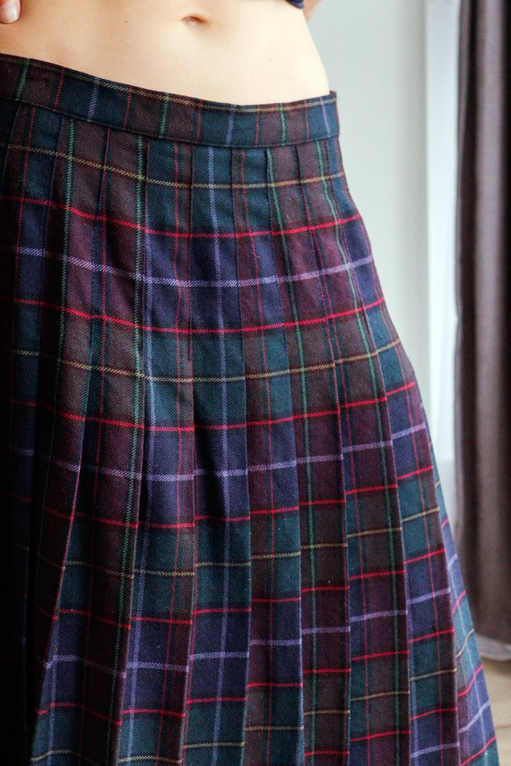 Kilt skirt tartan plaid kilt skirt ladies plaid skirt British wool skirt vintage skirt