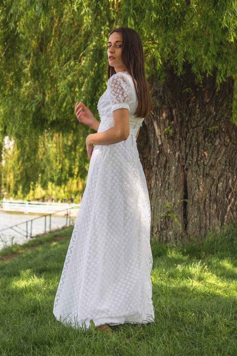 Vintage wedding dress White lace dress