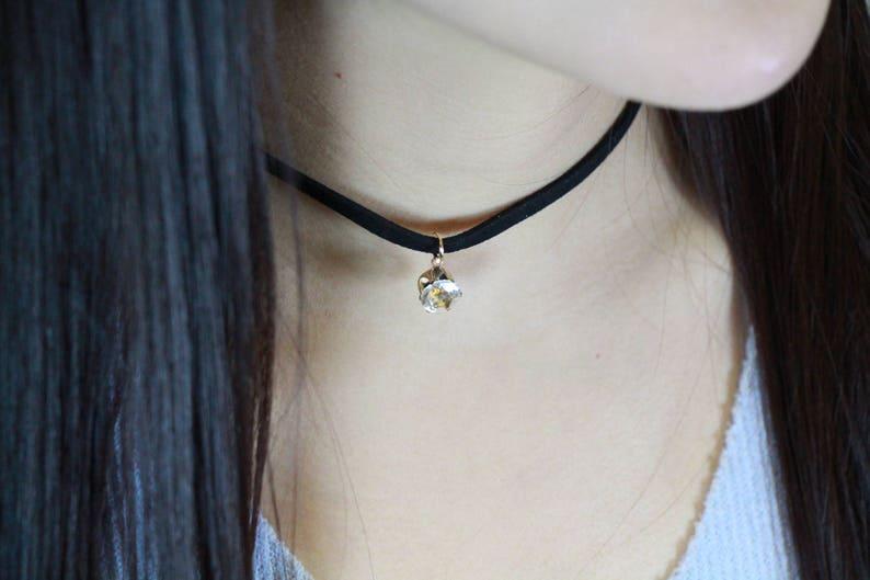 Black Velvet Choker Necklace with Shining StoneGem