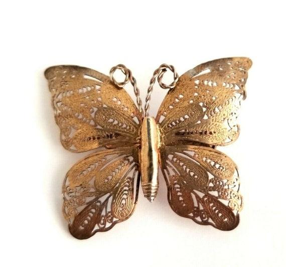 Vintage Estate Sterling Silver Filigree Mesh Swept Wings Clip-On Earrings