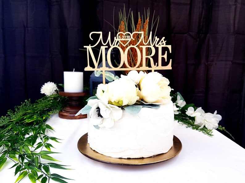 Custom Wedding Cake Toppers Personalized Wooden Wedding Cake Topper Ideas Personalized Cake Topper Ideas Wedding Cake Toppers Initials
