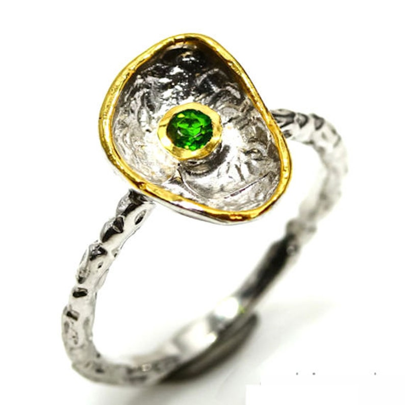 Natural chrome diopside and 925 sterling silver ring size 7.5 Ring in 925 sterling silver and chrome diopside natural size 56