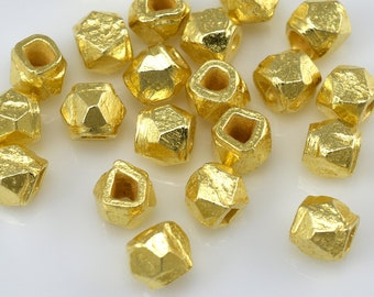 22 Tiny gold plated spacer beads for jewelry making, faceted spacer beads, Diamond cut spacer beads 3.5mm
