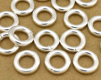 16 Silver Jump Rings, Saw cut silver plated jumprings for Chain mail, chainmaille jewelry making, O rings connectors  - 12 Gauge (AWG) - 9mm