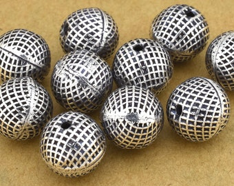 10mm - 10pc Round silver beads, square print silver plated spacer beads for jewelry making