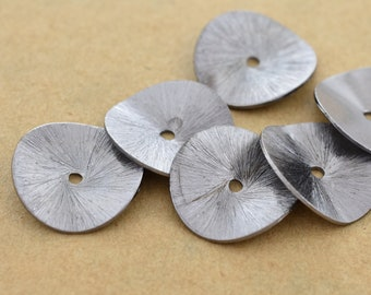 18mm -6pc Black Wavy potato chips spacers, gunmetal color disk spacers for jewelry making