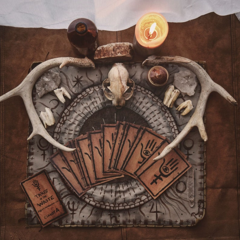 Tarot of the Waste Tarot Deck Post-apocalyptic Tarot Cards image 0