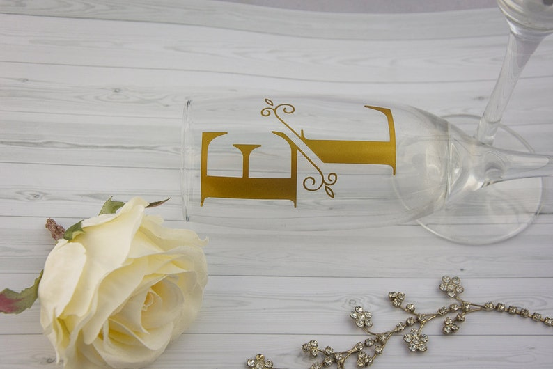New 2 BRIDE GROOM SILHOUETTE COUPLE  wine glass vinyl stickers Decals