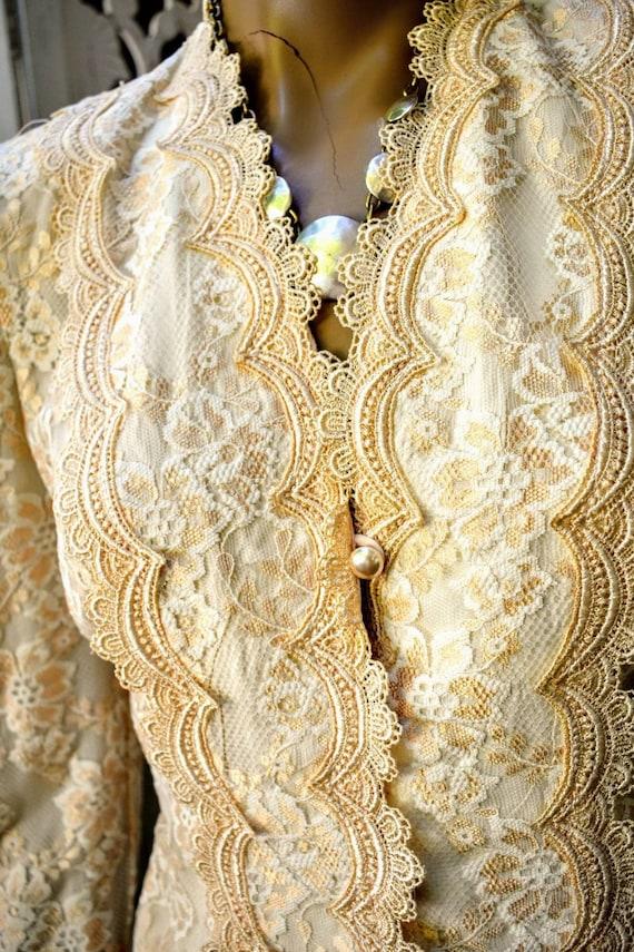 Vintage 70s/ 80s Gunne Sax style lace prairie blo… - image 2