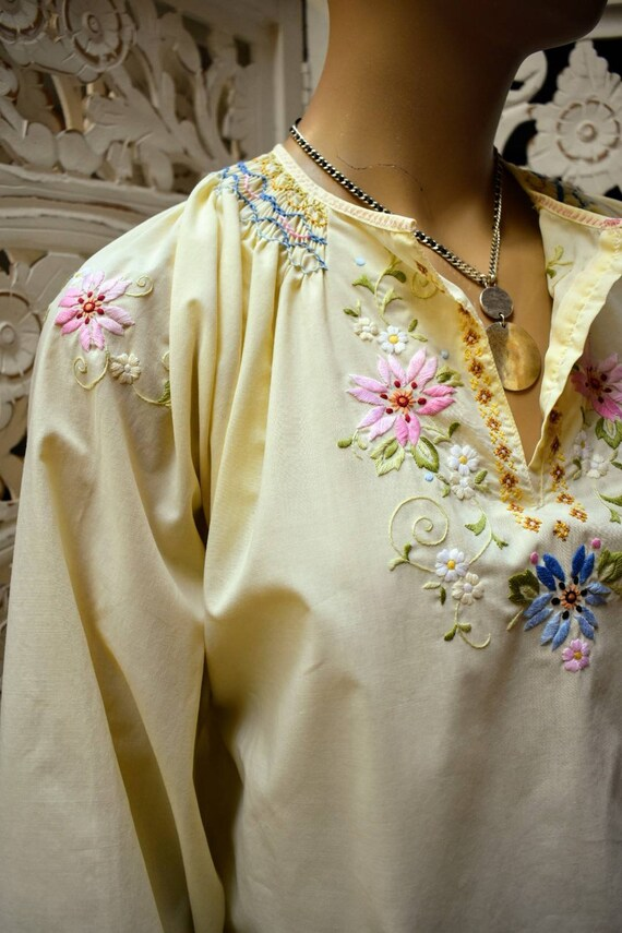 Vintage 70s Asian embroidered blouse with smocking