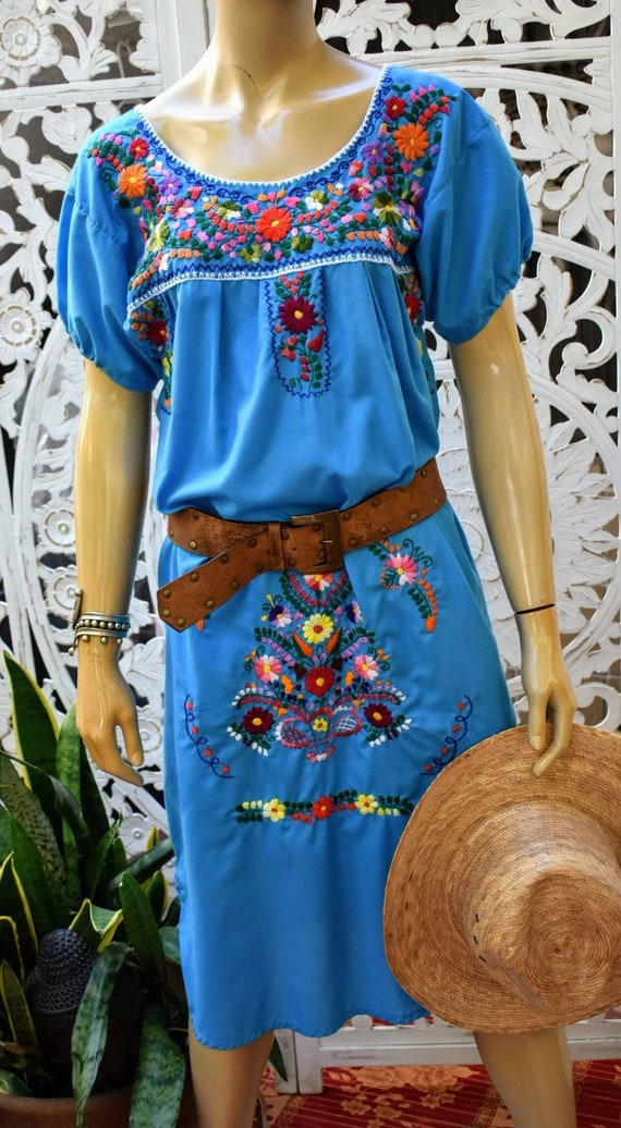 Quintessential hand embroidered mexican kaftan dre