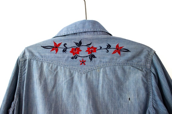 1970's Landlubber Floral Embroidered Denim Button… - image 9