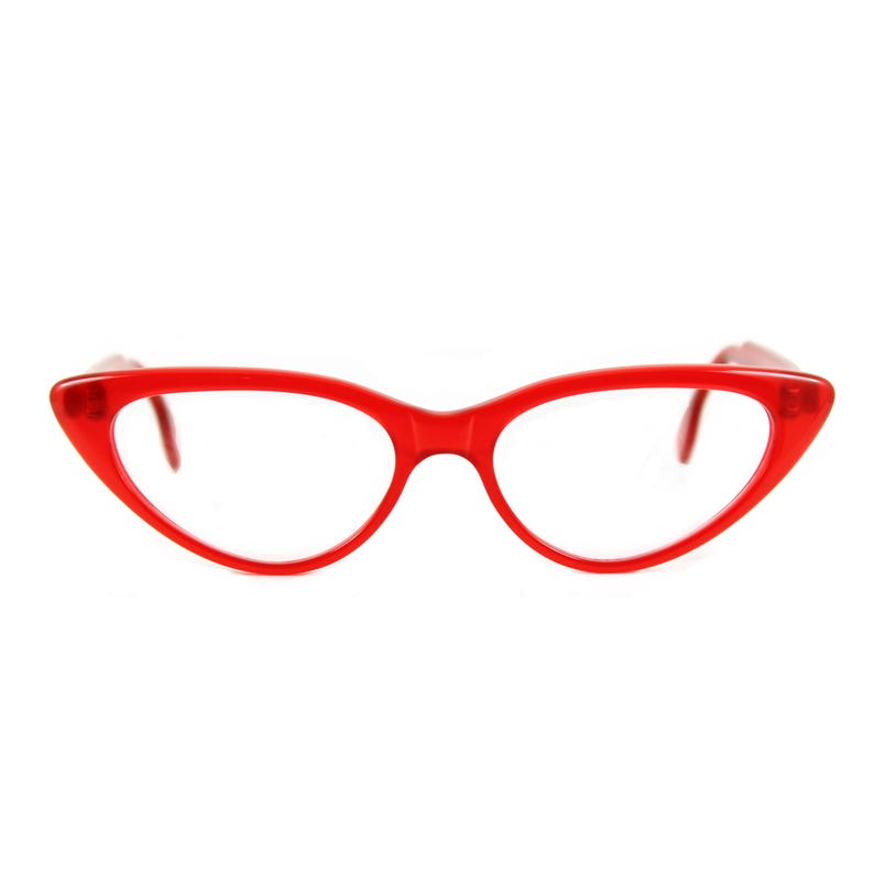 d92e126464 Are you ready for RED Big bold 50s style Cat eye glasses