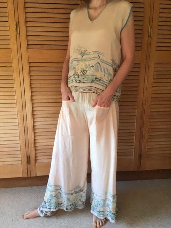 AUTUMN SALE Authentic vintage 1920s pink silk lou… - image 4