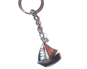 Boat Keychain - Keychain Men - Sailboat Keychain - Boat Accessory - Gift For Boat lovers - Gift For Sailors - Maritime Gift