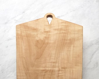 NICI - Curly Maple Cutting Board/Serving Board/Cheese Board/Charcuterie Board