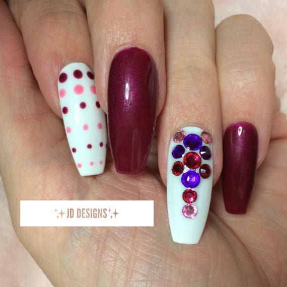 JD Nail Designs Hand Painted purple / pink Press on nails