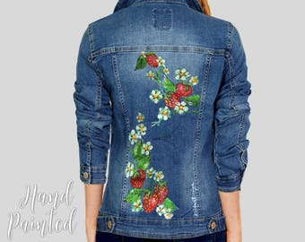 Jean Jacket with Hand Painted Strawberry, Strawberry Denim Jacket, Handpainted Jacket, Jean Jacket, Handpainted Strawberries Daisies Jacket