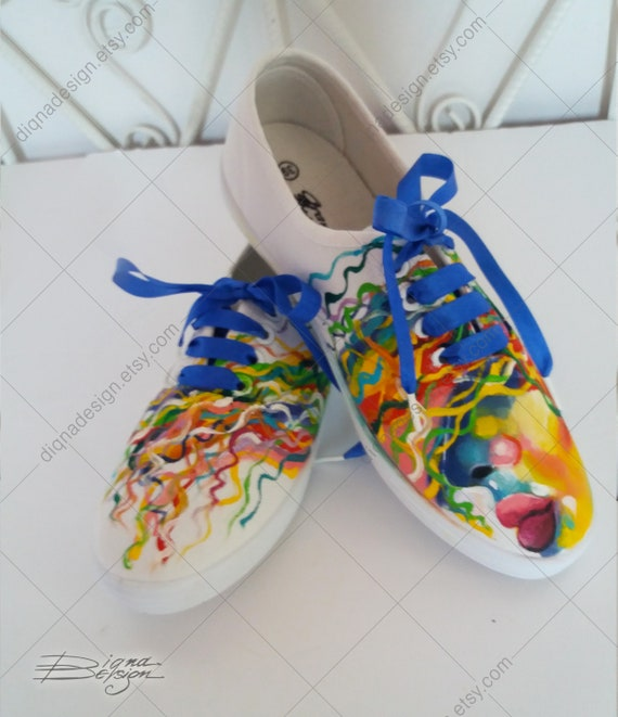 Pop-Art Shoes Pop Art Sneakers Painted Hi-Tops Polygonal Face Painted Face Hand Painted Sneakers Handpainted Hi Tops Geometric Face