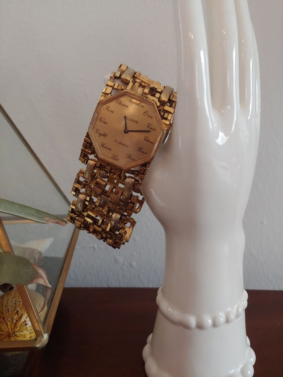 Pilgrim 17 Jewels Vintage Gold Nugget Watch