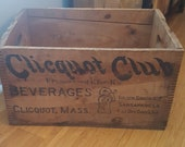 Vintage Clicquot Club Beverages Dovetail Finger Jointed Soda Crate, Clicquot Massachusetts, Ginger Ale, Sarsaparilla