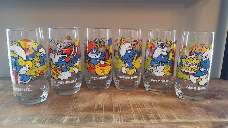 1983 set of 5 Smurf character glasses peyo Wallace Berrie /& Co.